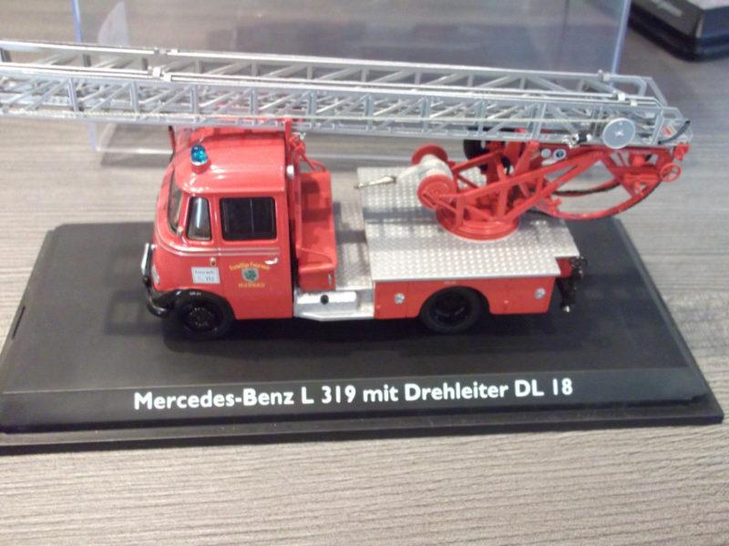 Schuco - Mercedes-Benz L319 mit Drehleiter, Feuerwehr Murnau, limitierte Edition, 1:43