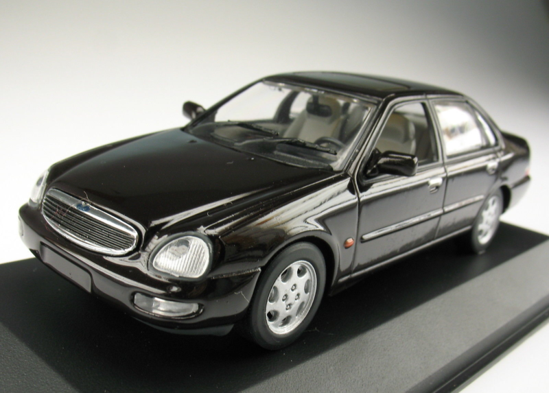 Paul's Model Art Minichamps - Ford Scorpio Limousine 1995, 1:43