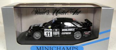 Paul's Model Art Minichamps - Mercedes-Benz C-Class