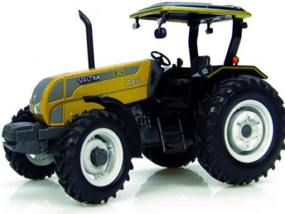 "Universal Hobbies - Traktor Valtra A850 ""Gold Edition"" 1:32"