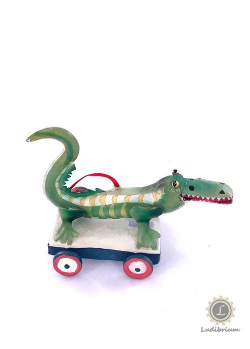 Mario Grasso - Blechkrokodil auf Rädern