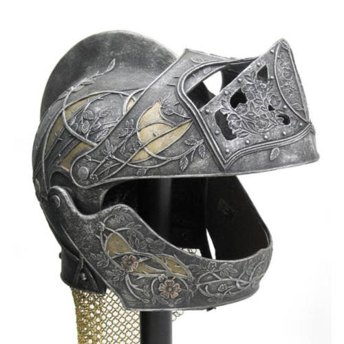 Masken & Helme