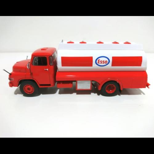 Ludibrium-IXO - DeAgostini TR56 MAN Diesel Tanker Truck Esso rot/weiss 1:43